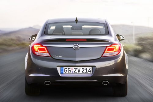 Солидная Opel Insignia BE